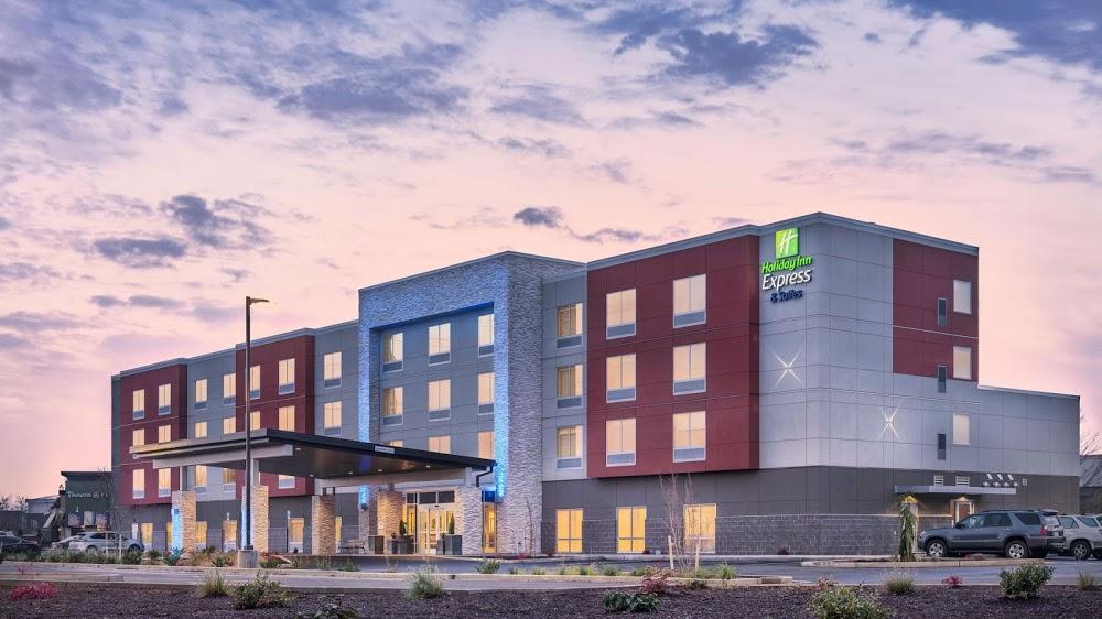 Holiday Inn Express & Suites Salem North – Keizer