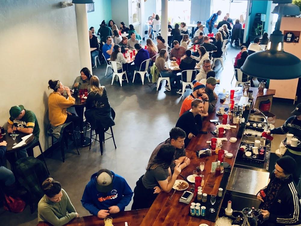 Noble Wave | Brewery & Louisiana Kitchen